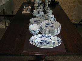 delft dishes from Holland
