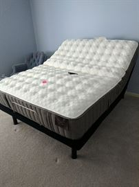 Stearns and foster adjustable mattress and electric frame