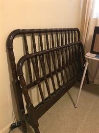 Full bed frame Jenny Lind