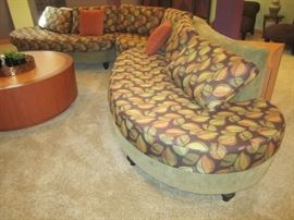 CUSTOM MADE SECTIONAL SOFA IN PERFECT CONDITION