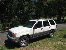 1997 Jeep Grand Cherokee Laredo, 202,000 miles