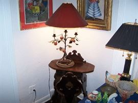 PRINTS, DECORATOR LAMP & 1930s PHONE TABLE & CHAIR
