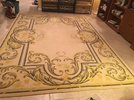 1070's 12x10 hand woven rug by Edward Fields of Chicago Illinois