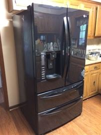 Like new LG refrigerator for sale