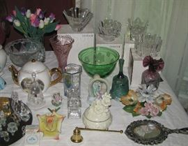 Glassware including Offors