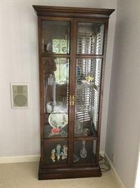 Ethan Allen Curio Cabinet