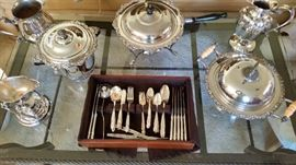 Other miscellaneous silverplate flatware and serving pieces.