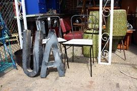 chairs white