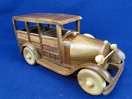 Wooden Vintage Wagon