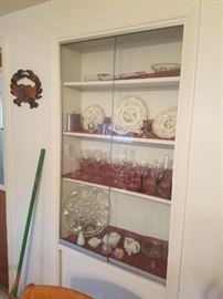 Several sets of wine glasses, sets of salt pepper shakers also. Vintage. (Not pictured: Corelle dish set of 6, crock pot, roasting pans, lots of vintage items, glass casseroles w/lids, colorful set cocktail glasses, percolater, and more).