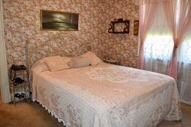 queen size bed , metal head board