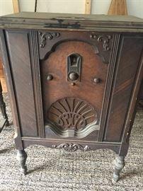 Vintage Philco radio