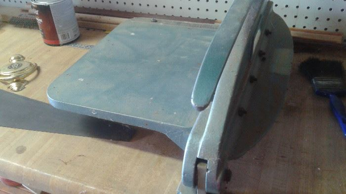 metal cutter sold with trophy business
