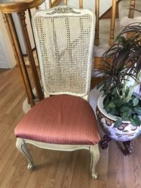 1 of 12 Dining Room Chairs ( 8 come with the table & leaves & 4 chairs sold seperately)
