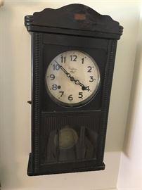 """""""Raffles"""" Wall Clock"""