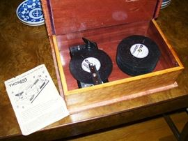 Thorens music box with many discs - working condition