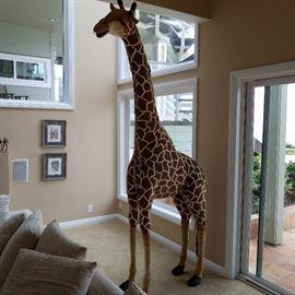 18-Foot Giraffe