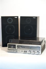 Panasonic Turntable and Cassette Player with Speakers