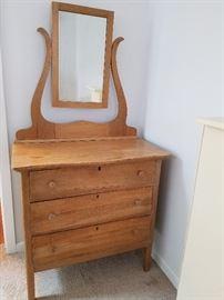 cottage chest dresser with mirror