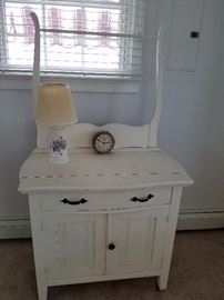 another cottage washstand