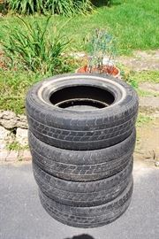 4 usable tires 205/70 R15