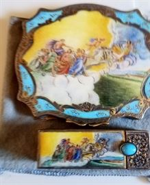Wonderful enamel compact with scene and matching lip stick