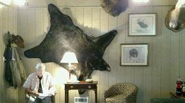 6 ft Black bear rug