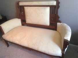 Victorian East Lake Style Settee