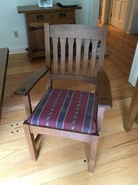 Stickley Armed Dining Chair, Solid Oak and Impressive craftsmanship