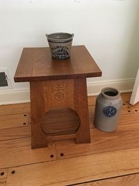 Small arts and craft STICKLEY Table