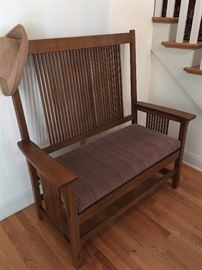 Stickley Bench ! Mint condition