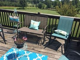 Outdoor Deck/Patio Furniture (Chairs/ Rockers / Glider / Accent tables / Rugs)