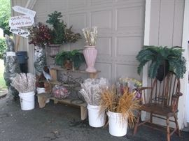 Floral and home decor store liquidation