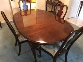 Ethan Allen Dining Table with chairs