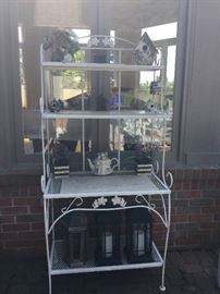 White metal outdoors stand