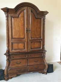 Dove tailed Armoire from Hepplewhite