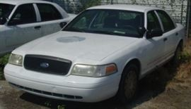 Another View Of 2004 Ford Crown Victoria