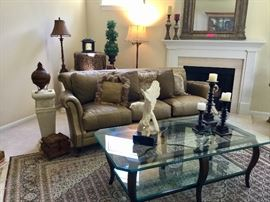 Henredon Sofa and glass top coffee table. Original reciepts avail! Wool, silk blend area rug. Excellent condition.