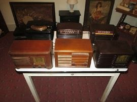 Vintage and antique radios