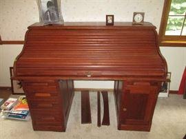 Wonderful roll top desk