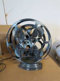 Original condition, not restored Robbins and Myers Art deco fan, running !