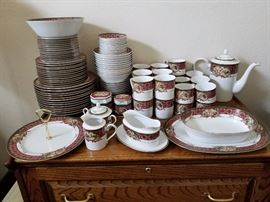 Noritake: Royal Hunt collection, #3930, 13 place settings, 109 pieces