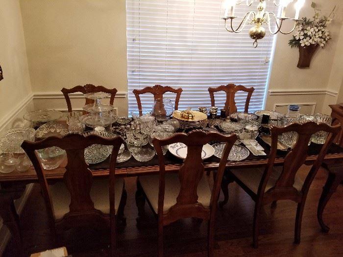 Cambria Dinning Room Set