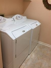 Maytag Neptune washer & electric dryer