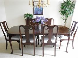 FABULOUS DINING SET BY HARDEN