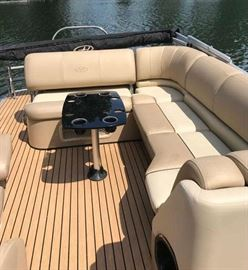 2014 24' Harris Grand Mariner Pontoon Boat with Lakeside Hoist. Like New - 2 years left on warranty. Most Options: LED Lighting pkg, Changing Room, Upgraded Captain Chair, Flooring, Polk Audio System with 1000 Watt Subwoofer and more.... Mercury 90 hp outboard with 130 hrs