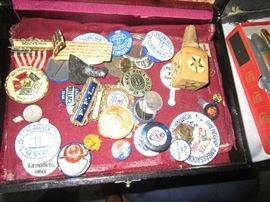 Collectible buttons