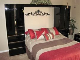 Black Lacquer Bedroom Set with Storage and Drawers