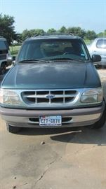 97 FORD EXPLORER (WORKING CONDITION)
