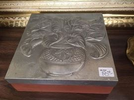 Decorative embossed aluminum box